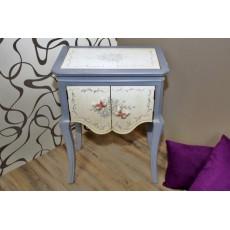 Luxusní komoda stolek s dvířky 8444A 76x56x36cm barvené dřevo